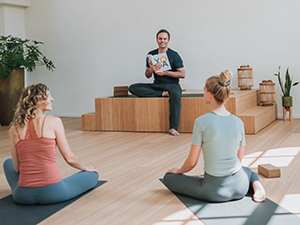 dnys_online_yogaopleiding_vinyasa_yin_johan_noorloos