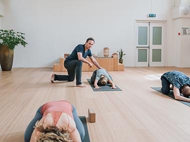cursus-yoga-voor-beginners-johan-noorloos