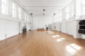 Zaalverhuur de nieuwe yogaschool