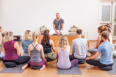 yoga opleidingen yogaschool Amsterdam